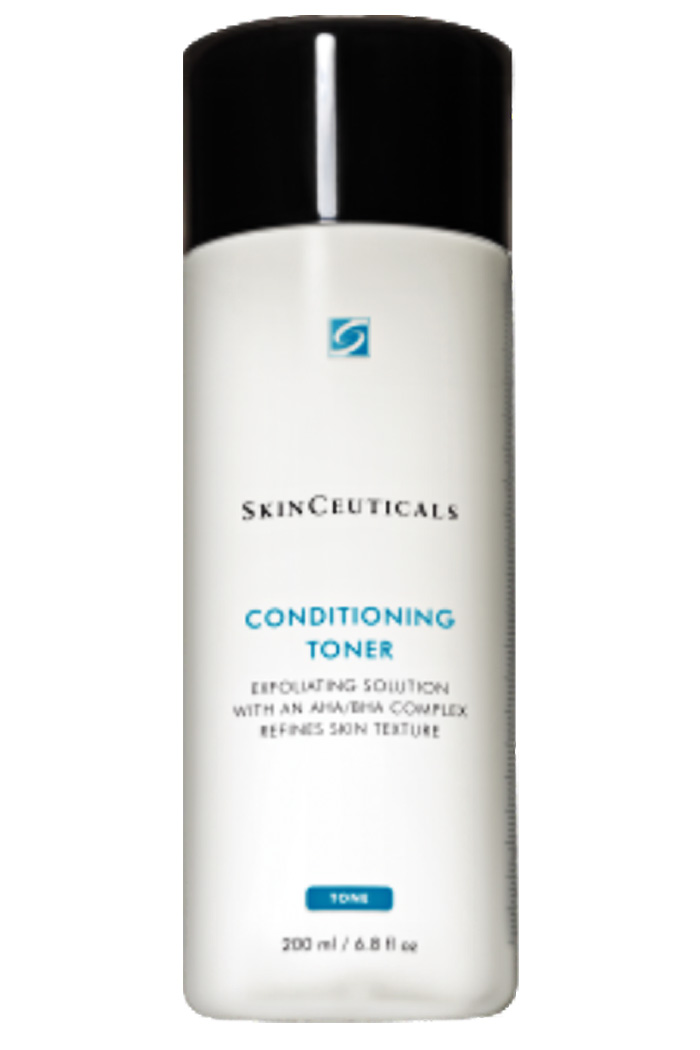 Exfoliating and conditioning toner with hydroxy acids to remove impurities